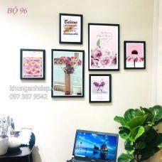 Khung ảnh treo tường kèm ảnh hình hoa i hình mã số MS-096